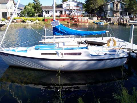Macgregor 25 sailboat