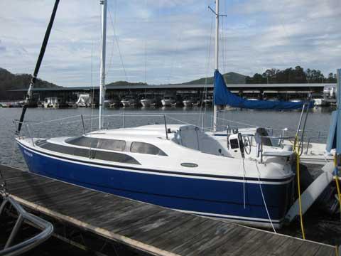 Macgregor 26M sailboat