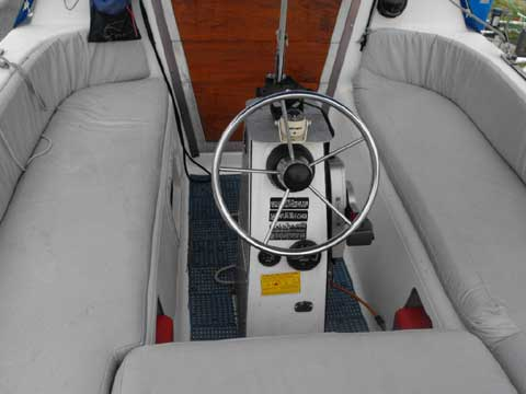 Macgregor 26x Sailboat For Sale
