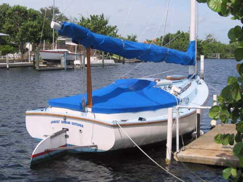 Marshall 22 catboat