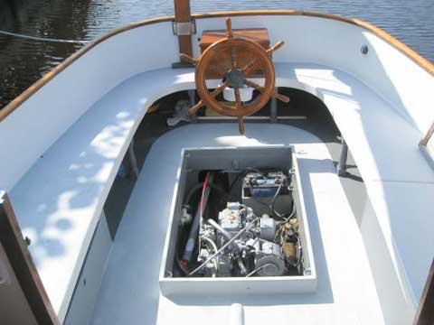 Marshall 22 catboat