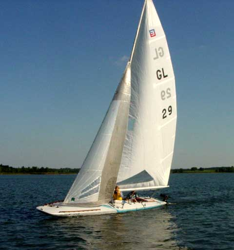 Johnson E Scow 28 sailboat