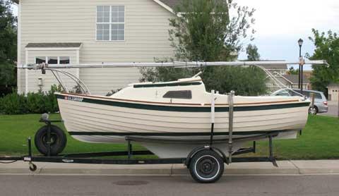 Montgomery 17 sailing boat