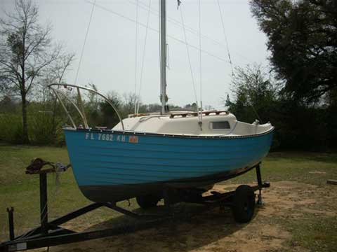 Montgomery 17, 1985 sailboat