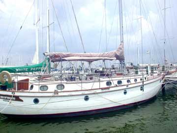 1984 Morea Spindrift 43 sailboat