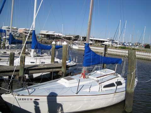 Morgan 27 sailboat