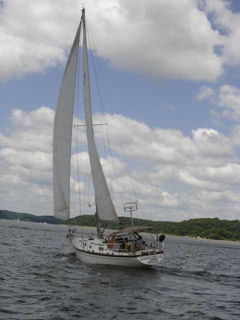 Morgan 384, 1983 sailboat