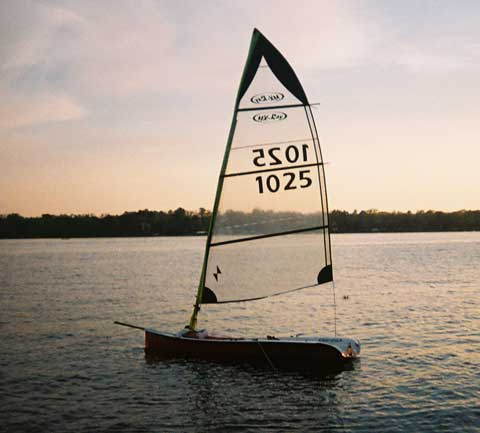 MX Ray sailboat
