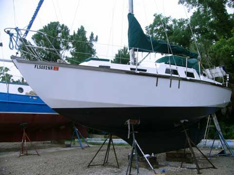 Nebe Cape 28 sailboat