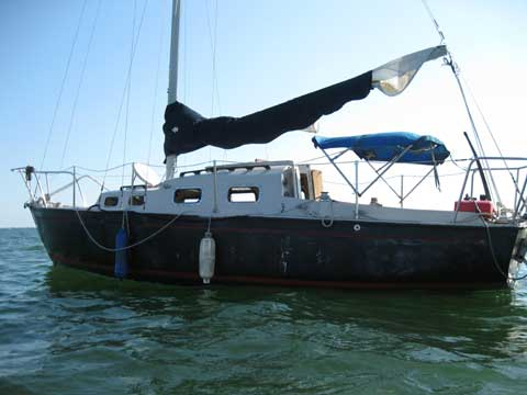 Island Trader sailboat VIDEO, click to start