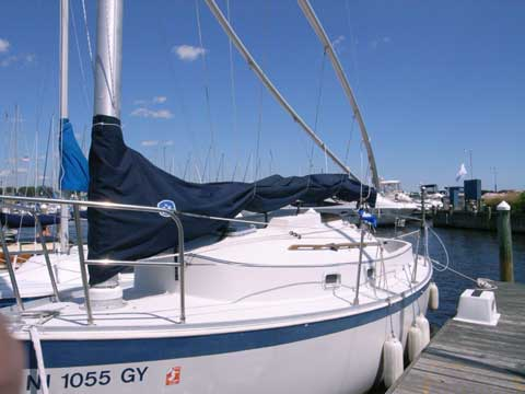 Nonsuch 22 sailboat