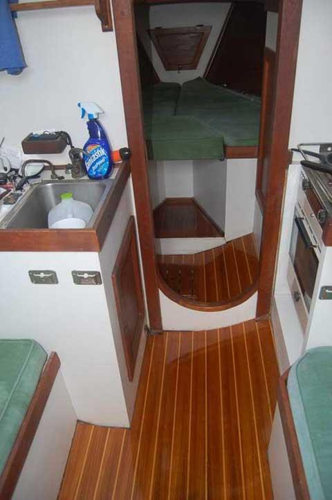 Ocean Voyager, 1985 sailboat