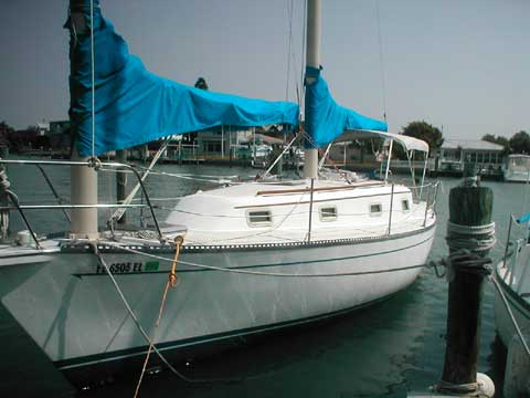 Offshore Cat Ketch 33