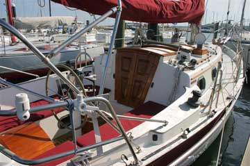 1987 Pacific Seacraft 27 sailboat