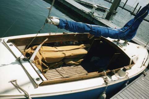 Pearson Ensign 22 sailboat