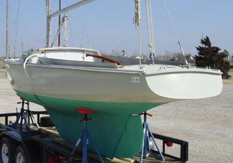 Pearson Ensign 22.5 sailboat