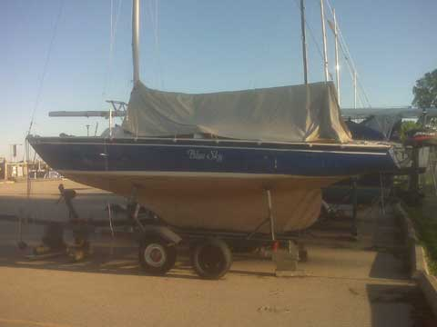 Pearson Ensign, 22' sailboat