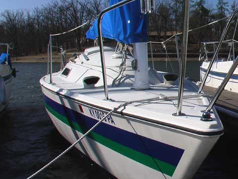 Pearson 23C sailboat