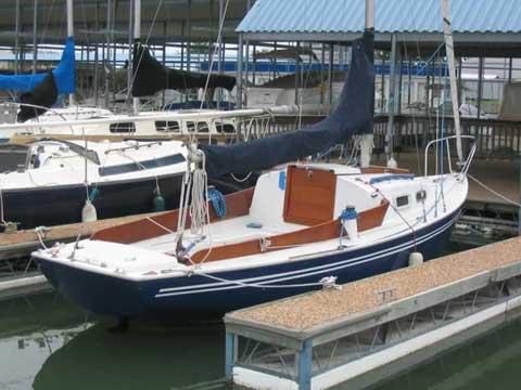 Pearson Commander 26 sailboat