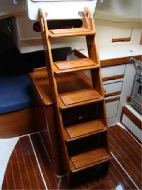 Pearson 31, 1990 sailboat