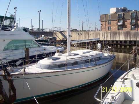 Pearson 323 sailboat