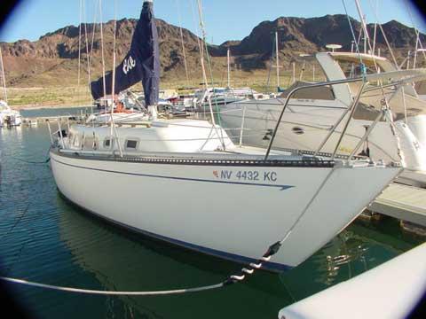 Ranger 33, 1977 sailboat