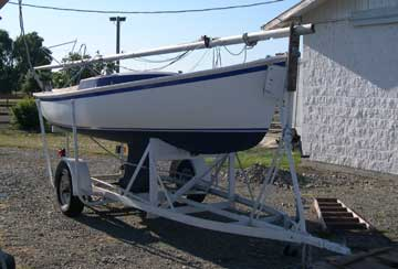 1961 Rhodes 19 sailboat