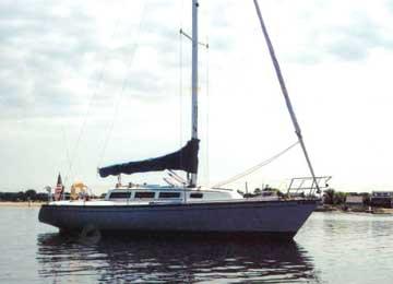 1983 S2 10.3 sailboat