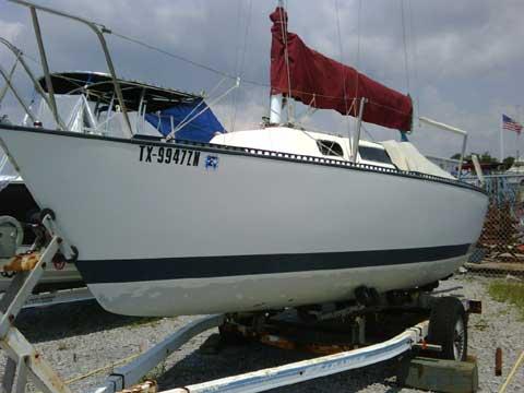 S2 6.9 sailboat