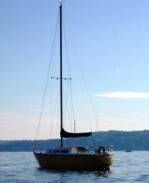 S2 8.5 sailboat