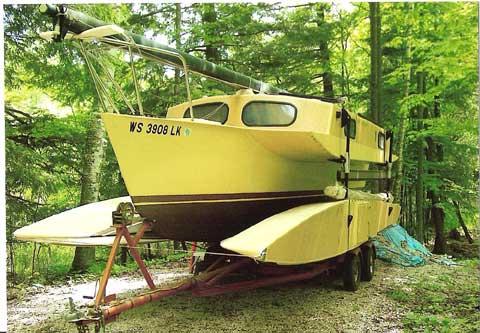 Searunner 25 trimaransailboat