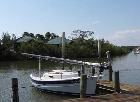 Seaward cat-rigged Fox, 17 ft., 1995 sailboat