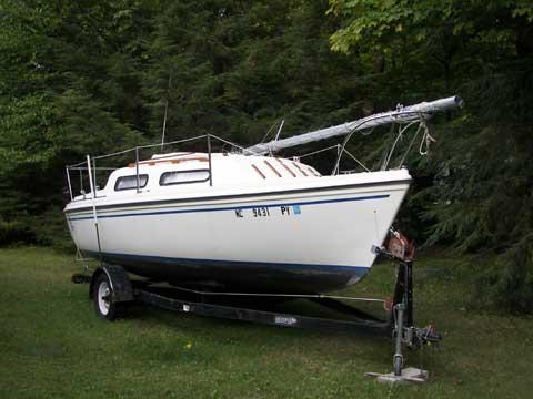 Sirius 21 sailboat