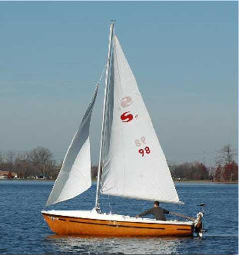 Skipper 17 Sailboat For Sale