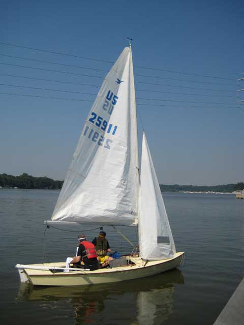 Snipe, 16 ft., 1976 sailboat