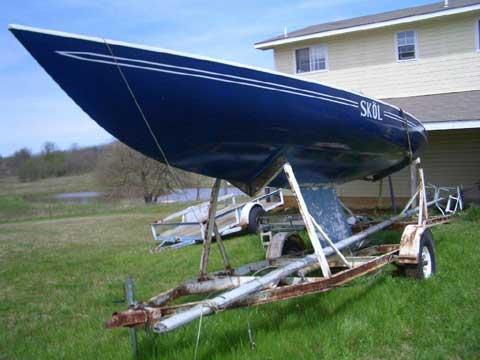 Soling 27 1968 #103 sailboat