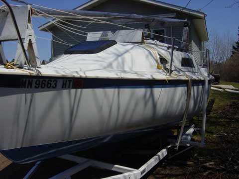 Spectrum 22 sailboat