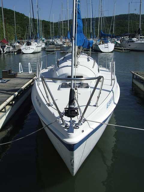 Tanzer 26, 1982 sailboat