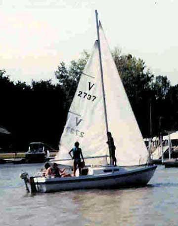 1975 Venture 21