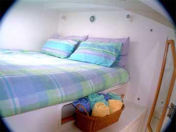 2000 Voyage 430 sailboat