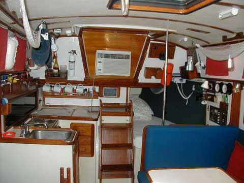 Watkins 33, 1986 sailboat
