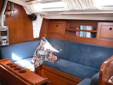 Wauquiez Pretorian 35 Yacht For Sale