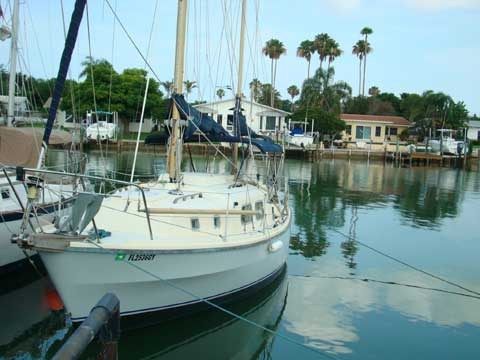 Westerly Renown, 32.5, 1974 sailboat