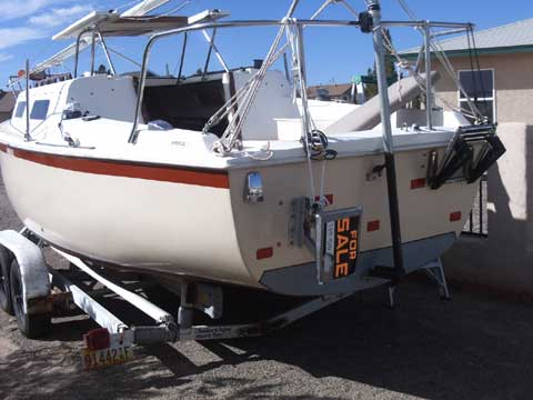Windrose 25 sailing boat