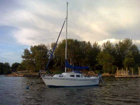 West Wight Potter, 19' sailboat
