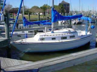 1972 Yankee 28 sailboat