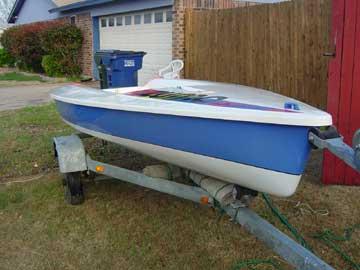1995 Zuma sailboat