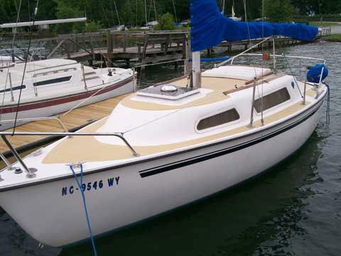 American Mariner sloop, 21', 1977 sailboat
