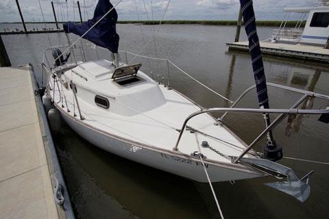 Cape Dory 22, 1981 sailboat