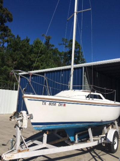 Catalina Capri 18 sailboat